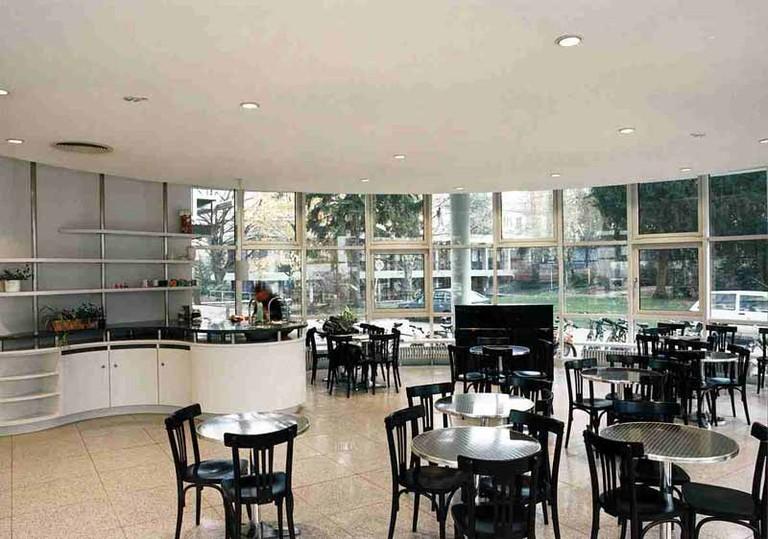Cafeteria im EG - small
